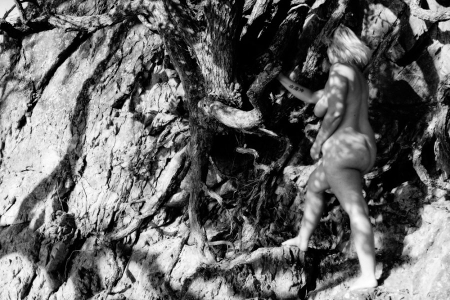 nude woman, black and white, jungle